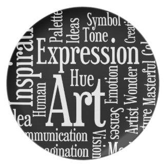Expresión artística para el artista o la persona c plato para fiesta