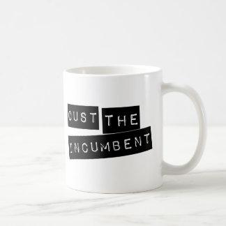 Expulse al titular taza de café