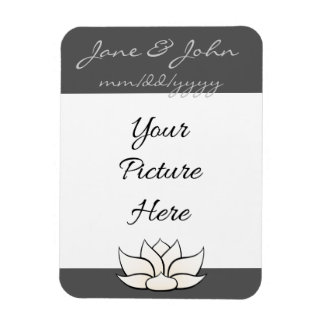 Exquisite Lotus in Pewter and White Magnet