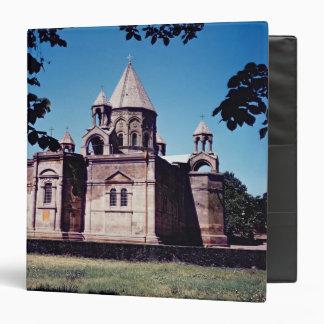 """Exterior de la catedral de Etchmiadzin Carpeta 1 1/2"""""""