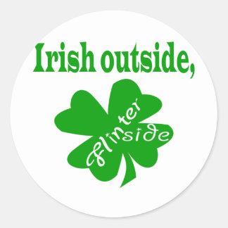 Exterior irlandés, Flinter dentro de los pegatinas Etiquetas Redondas