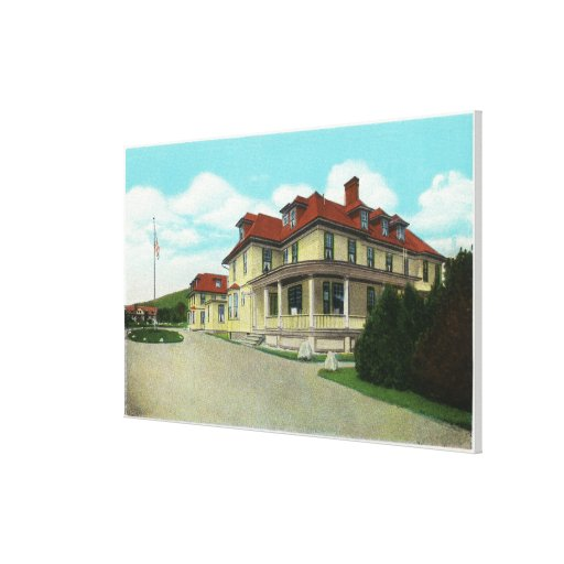 Exterior View of the Bretton Arms Canvas Print