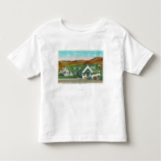 Exterior View of the Green Hut Caf� Shirt