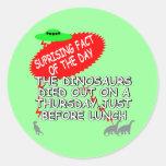 Extinción divertida del dinosaurio pegatina redonda