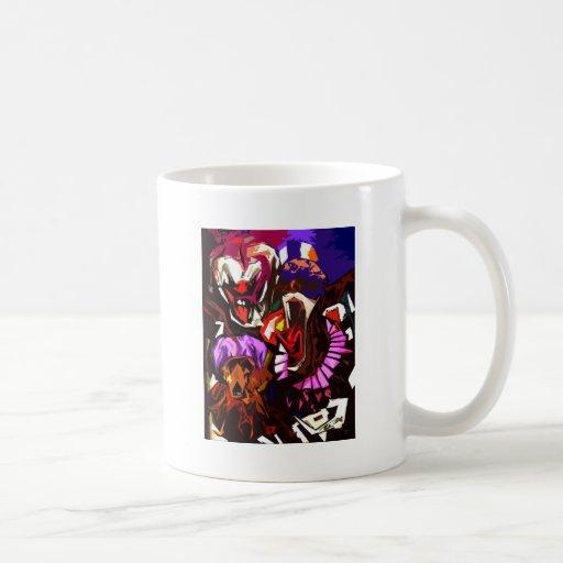 Extracto asustadizo de los payasos taza de café