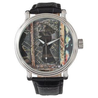 Extracto de la decadencia urbana relojes de mano