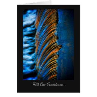Extracto del color de la agua corriente, con tarjeta de felicitación