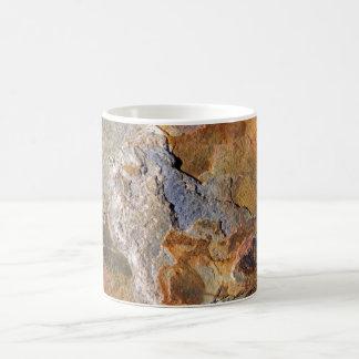 Extracto rico superficial hermoso de la roca de la taza básica blanca