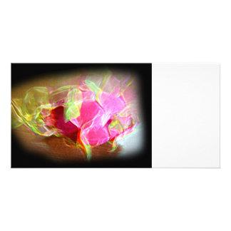 extracto rosado que brilla intensamente stylized d tarjeta fotografica