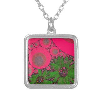 Extracto verde rosado magnífico de la flor collar plateado