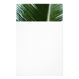 Extracto verde tropical traslapado de las frondas personalized stationery