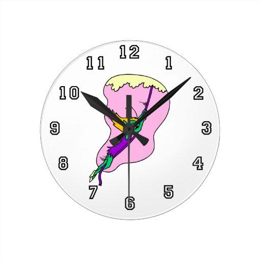 Extranjero de balanceo Pixie.png Reloj Redondo Mediano