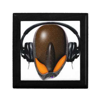 Extranjero del reptil Pissed de DJ en auriculares  Caja De Joyas