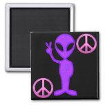 Extranjero púrpura de la paz imanes para frigoríficos