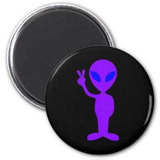 Extranjero púrpura imán redondo 5 cm