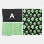 Extranjero verde y negro toalla de mano