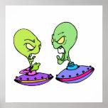Extranjeros que luchan en UFOs Impresiones
