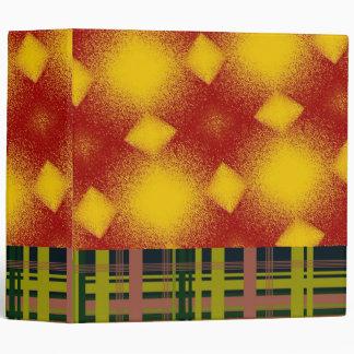 Extraño en carpeta del naranja y de la tela