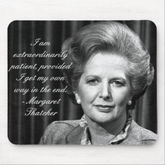 Extraordinario paciente - señora Thatcher Mouse Pad
