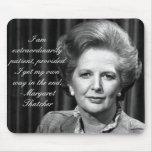 Extraordinario paciente - señora Thatcher Alfombrillas De Ratón