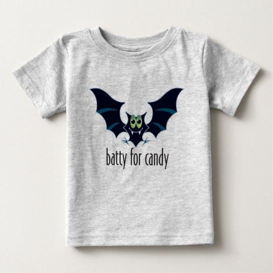 Extravagantemente para la camisa de Halloween del
