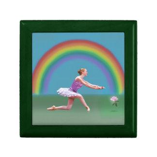 Extremo de la caja de regalo de la bailarina del a joyero cuadrado pequeño