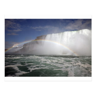 Extremo del arco iris tarjeta postal
