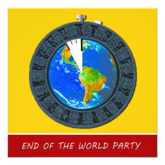 Extremo maya de la invitación del fiesta del cronó