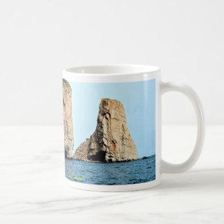 Extremo oriental de la roca de Perce del mar, Taza
