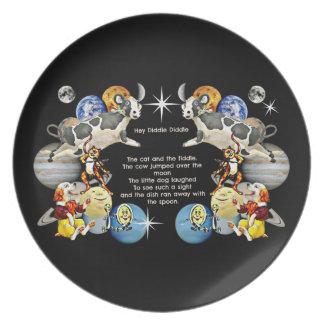 Ey Diddle Diddle la placa del niño por Whimzwhirle Platos Para Fiestas