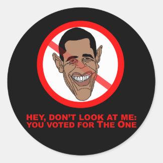 Ey, no me mire: usted votó por el pegatina redonda