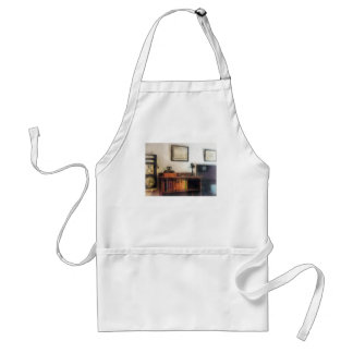 Eye Doctor's Office With Diploma Adult Apron