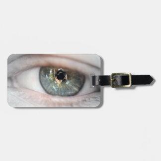 Eye-Macro Bag Tag
