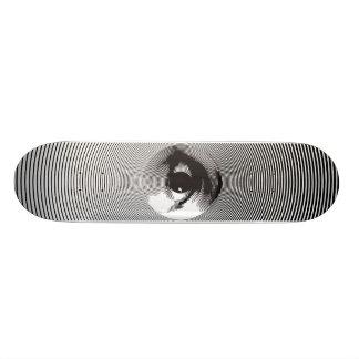 eye skateboard in black