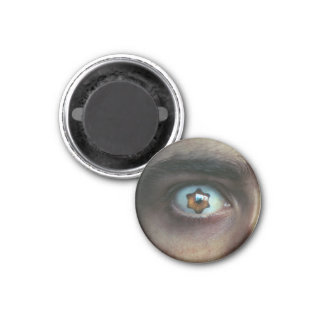 Eye with Star Shaped Iris 1 Inch Round Magnet
