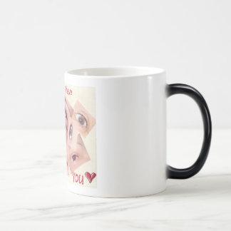 Eyes 11 Oz Magic Heat Color-Changing Coffee Mug