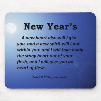 Ezekiel 36-26 del Año Nuevo Tapetes De Ratón