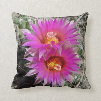 F0005 Ball Cactus Flowers (escobaria vivipara) Throw Pillow