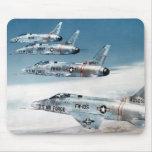 F-100 SABRE estupendo Alfombrilla De Raton