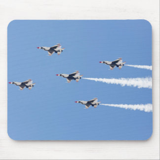 F-16 Thunderbirds flying the five-card formation Mouse Pad