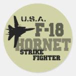 F-18 avispón - combatiente de la huelga etiquetas redondas