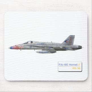 F-18 con la escuadrilla azul de los diamantes VFA- Tapetes De Raton