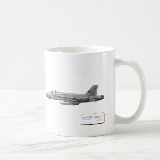 F-18 con la escuadrilla azul de los diamantes VFA- Tazas De Café