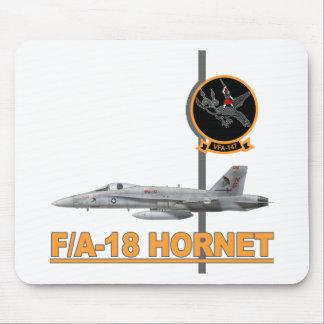 F-18 con la escuadrilla de los ARGONAUTAS VFA-147 Tapetes De Ratón