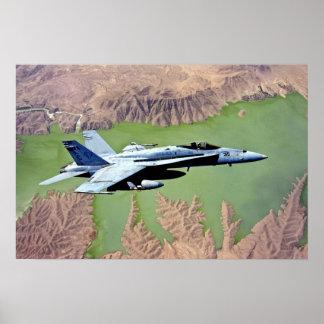 F-18 sobre Afganistán Póster