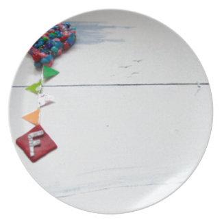 f.jpg dinner plate