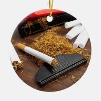 Fábrica casera del tabaco adorno navideño redondo de cerámica