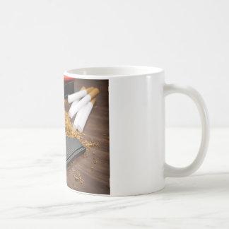 Fábrica casera del tabaco taza de café