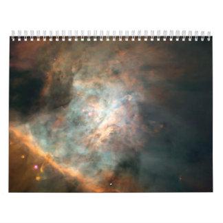 Fábrica de la estrella en el centro de la nebulosa