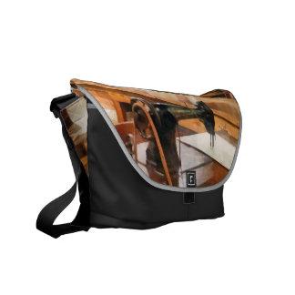 Fábrica de la ropa bolsas de mensajería